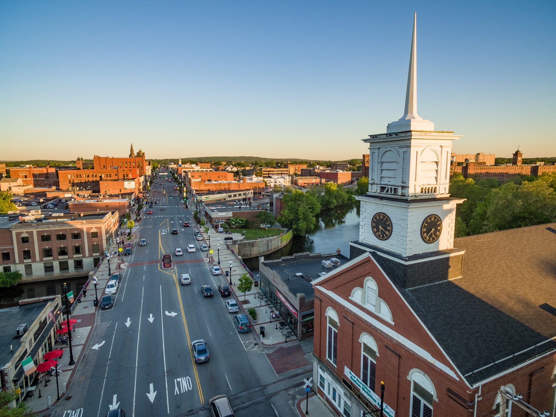New Hampshire cities for big families